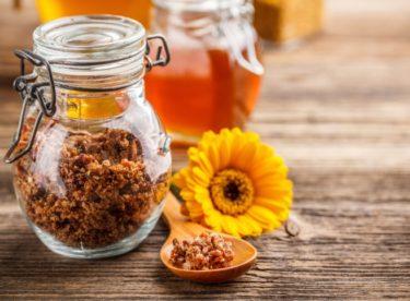 S čím vším vám pomůže včelí zázrak – propolis?