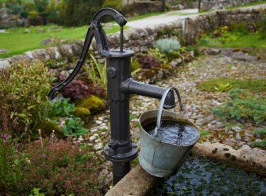 Jak vyčistit starou studnu? Máme pro vás návod
