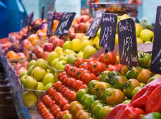 Uhlíková stopa potravin: Proč kupovat ty místní?