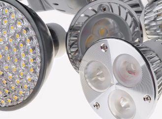 LED žárovky a lidské zdraví: Jak se bránit škodlivému vlivu modrého světla
