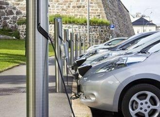 Elektromobil šetří přírodu i peníze za povinné ručení