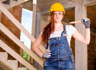 Co je dobré vědět, než se pustíte do svépomocného stavění či rekonstrukce
