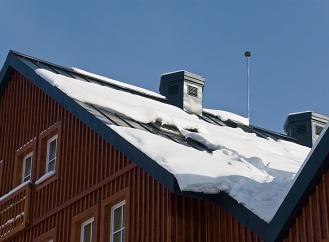 Co před zimou zkontrolovat na střeše?