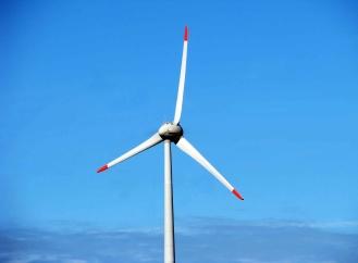 Novinky z větrné energetiky: největší větrná elektrárna a ostrov pro skladování energie