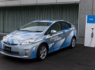 Cena hybridních aut na českém trhu klesá