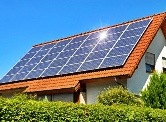 E.ON se vrhl na zelenou energii. Domácnostem chce stavět solární elektrárny