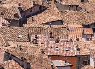 Co na střechu – srovnání a přehled cen střešních krytin