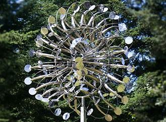 Tyhle větrníky neprodukují elektřinu, ale údiv a umělecký zážitek