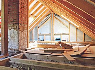 Dobře zateplená střecha snižuje energetické nároky domu o 11 %