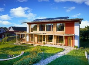 Dva příklady ekologicky šetrných budov z Česka