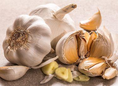 Česnek je superpotravina, kterou máme všichni na dosah