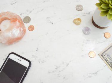 Když vám chybí hotovost – kontokorent, nákup na splátky nebo odložená platba?