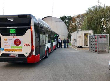 Autobus s pohonem na exkrementy a pitná voda z kaluže. Podívejte se na zajímavé ekologické projekty