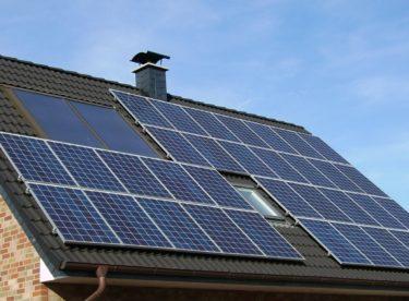Novinky v solární energetice – lepší panely a baterie z aut