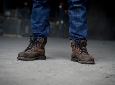 Jaké jsou druhy speciální pracovní obuvi. Víte, po které botě sáhnout?