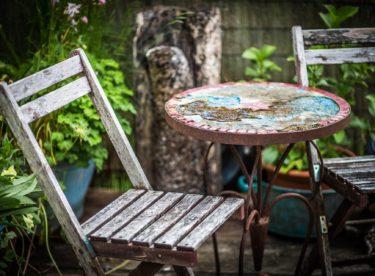 Babí léto na terase? Proč ne, pozor ale na výběr dlažby