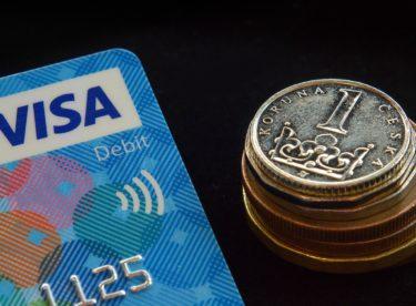 Nakupování na internetu přináší řadu výhod i značnou finanční úsporu