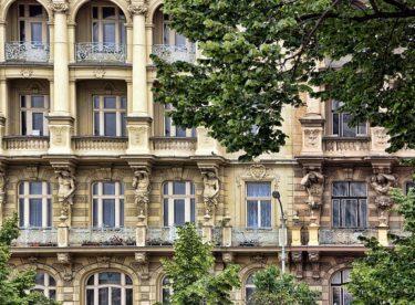 Špaletová okna na každou historickou budovu