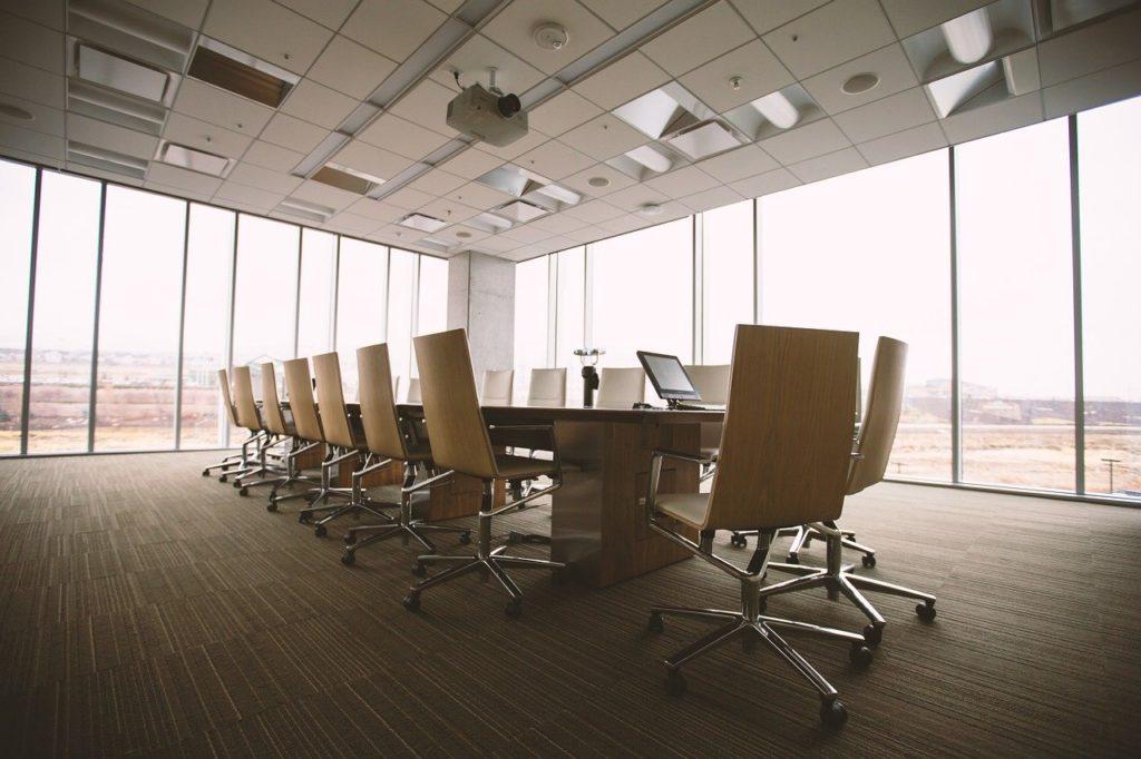 kancelář, zasedací místnost