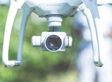 Drony a ekologie: Jak bezpilotní stroje pomáhají chránit životní prostředí?