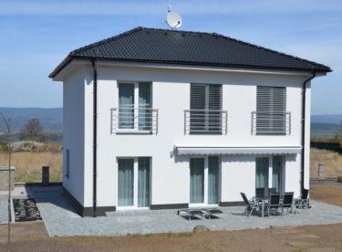 Úsporné domy z lehkého keramického betonu – rychlá výstavba a výborné vlastnosti
