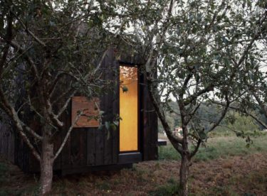"Nádherná ""off-grid"" chata v jihozápadní Francii"