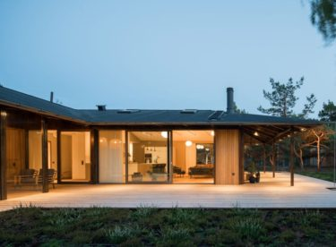 Krásný rekreační dům inspirovaný japonskou architekturou