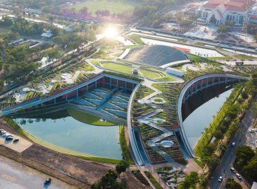 Nejlepší architektonické projekty roku 2020 se spoustou zeleně