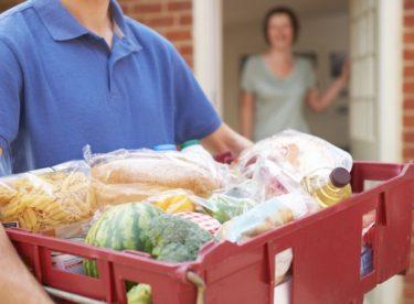 Online nákup potravin přes internet aneb proč je lepší si jídlo objednat?