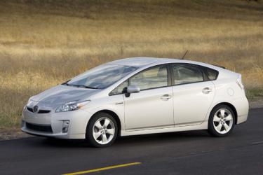 Toyota Prius. Třetí generace tohoto hybridního vozu byla představena vroce 2009