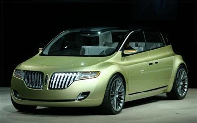 Lincoln již nevyrábí pouze velká auta. Concept C je možné přirovnat kmodelu Ford Focus
