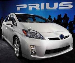 Vnabídce Toyoty najdeme opět model Prius. Třetí generace tohoto vozidla je zase oněco lepší