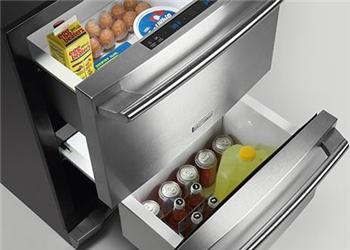 U chladniček amrazniček je důležitá kvalita izolace – oceníte ji na nízké spotřebě ipři výpadku elektrického proudu