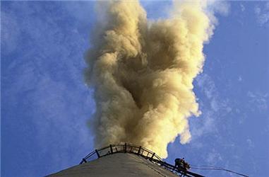 Ve světě existuje na 5 000 elektráren, které zvyšují emise C02. Prunéřov jich ročně do vzduchu vypustí na 10 milionů tun