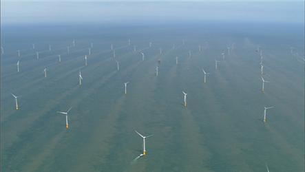 Větrná farma upobřeží Velké Británie zptačí perspektivy vypadá opravdu rozlehle