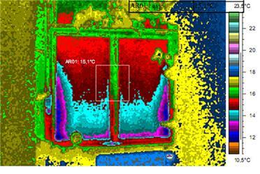 Fóliová roleta vokně bez postraních těsnicích lišt – infračervený snímek