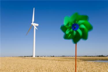 Jadernou energii mají nahradit obnovitelné zdroje energie