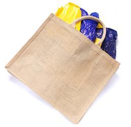 Látkové tašky vydrží mnohem déle než papírové nebo plastové tašky