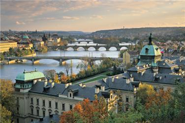 V Praze je blaze. Alespoň vekonomické rovině