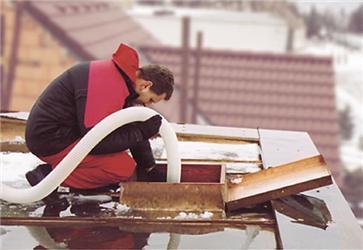 Zateplete pultovou střechu aušetřete tisíce korun za vytápění