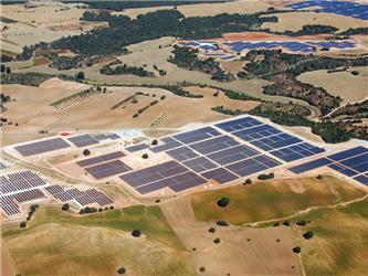 Kdo se stane solární velmocí?Španělsku šlape na paty Kanada iČeská republika