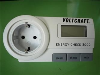 Redakční elektroměr, kterým jsme měřili spotřebu několika lednic
