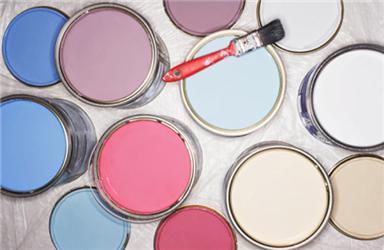 Šetrné nátěry jsou dostupné vširoké škále barev
