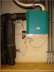Jednotka SANTOS 370 DC, která je nejčastěji využívána vrodinných domech, má při maximálních otáčkách příkon <strong>100 W