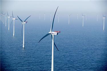 Pro výrobu energie zvětru je vhodné především umístění větrníků vmoři (tzv. offshore)
