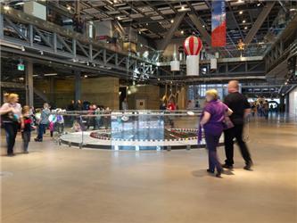 Veřejný prostor Centra je připraven pojmout najednou až 2 200 osob