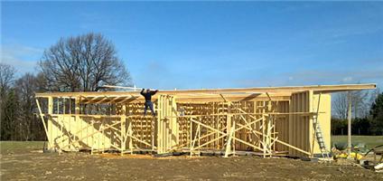 Pro stavební účely se dřevo využívá od jednoduchých trámů až kmoderním konstrukcím