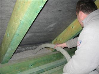Při vhodné kombinaci například sdifúzně otevřenou deskou na záklopu střechy se dobře aplikuje CLIMATIZER PLUS