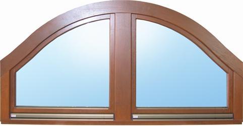 Obr.3 Půlkulaté dřevěné okno