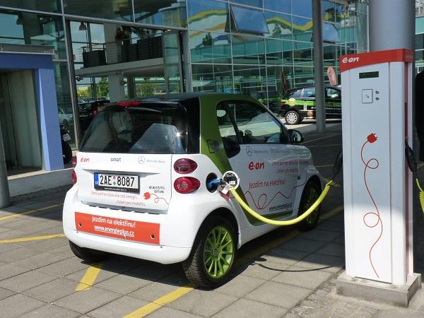 Nabíjecí stanice elektromobilů